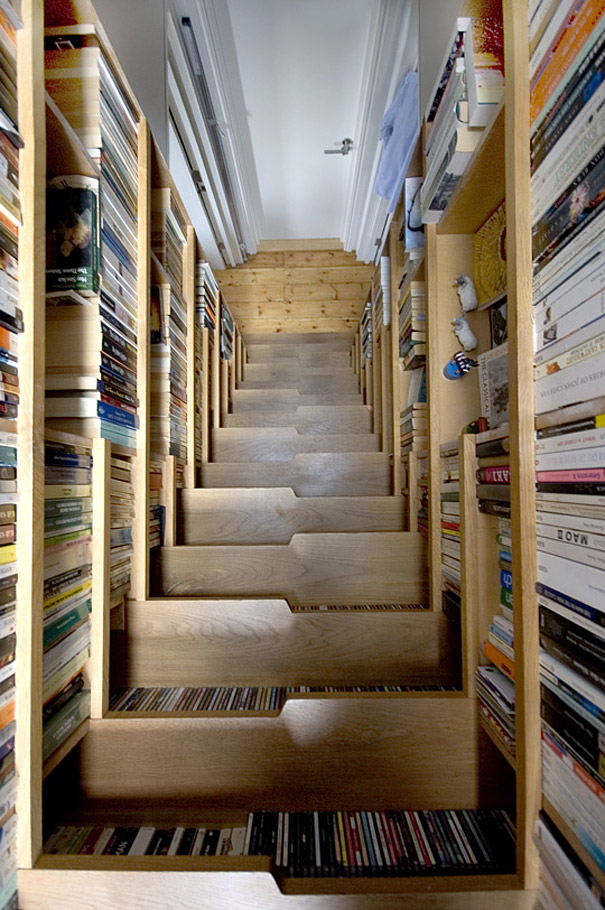 16 - Escada Criativa Bookcase Staircase por Levitate Architects 1